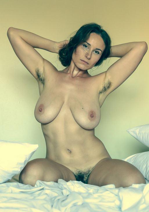 Femme mariée veut découvrir le sexe anal dans le 31