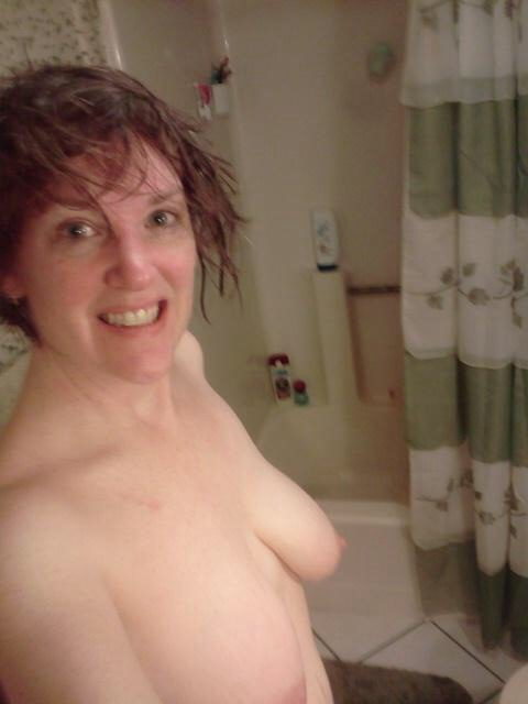 Femme mariée veut découvrir le sexe anal dans le 37